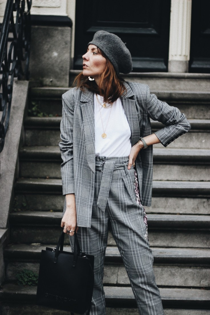 {SHOPPING} DRESSING DOWN A SUIT WITH TRAINERS