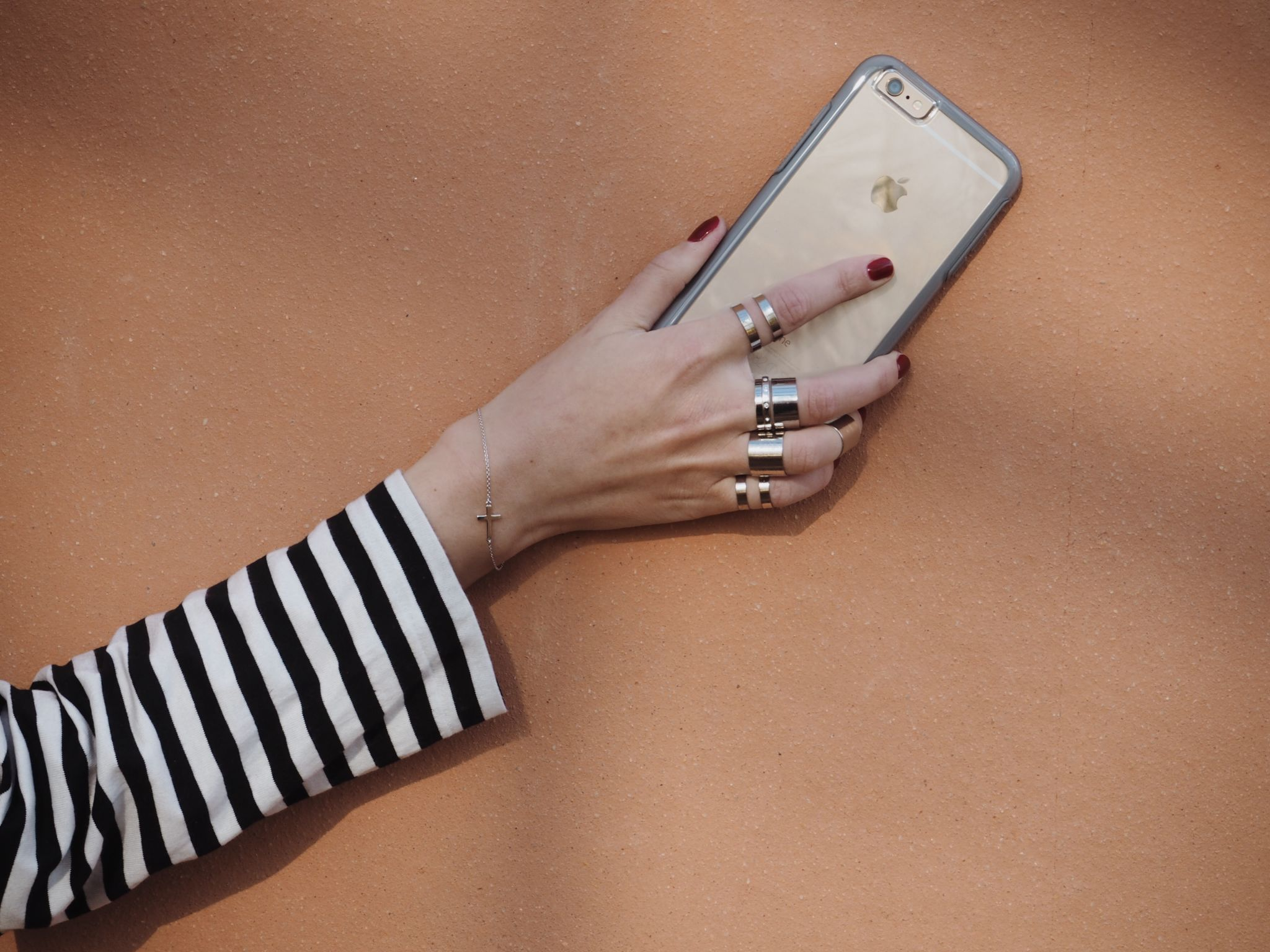hortus-botanicus-amsterdam-botanic-garden-silver-rings-phone-case-otterbox-symmetry-clear-stripes
