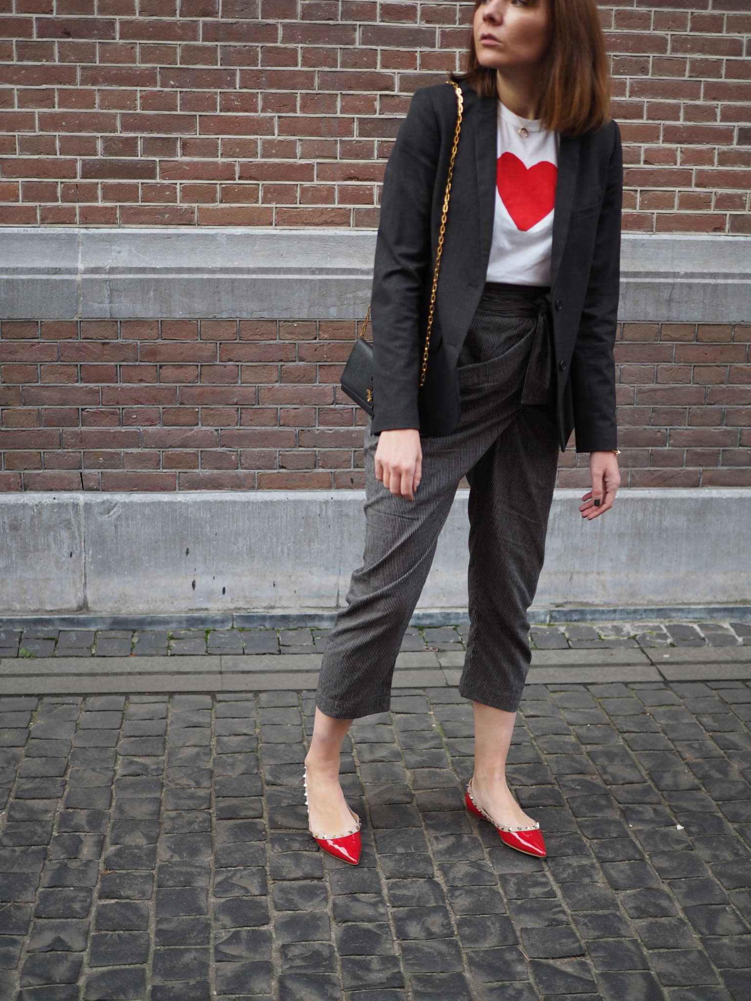 christmas outfit - sideswept pants - matter - casual chic - rebelle - nickyinsideout