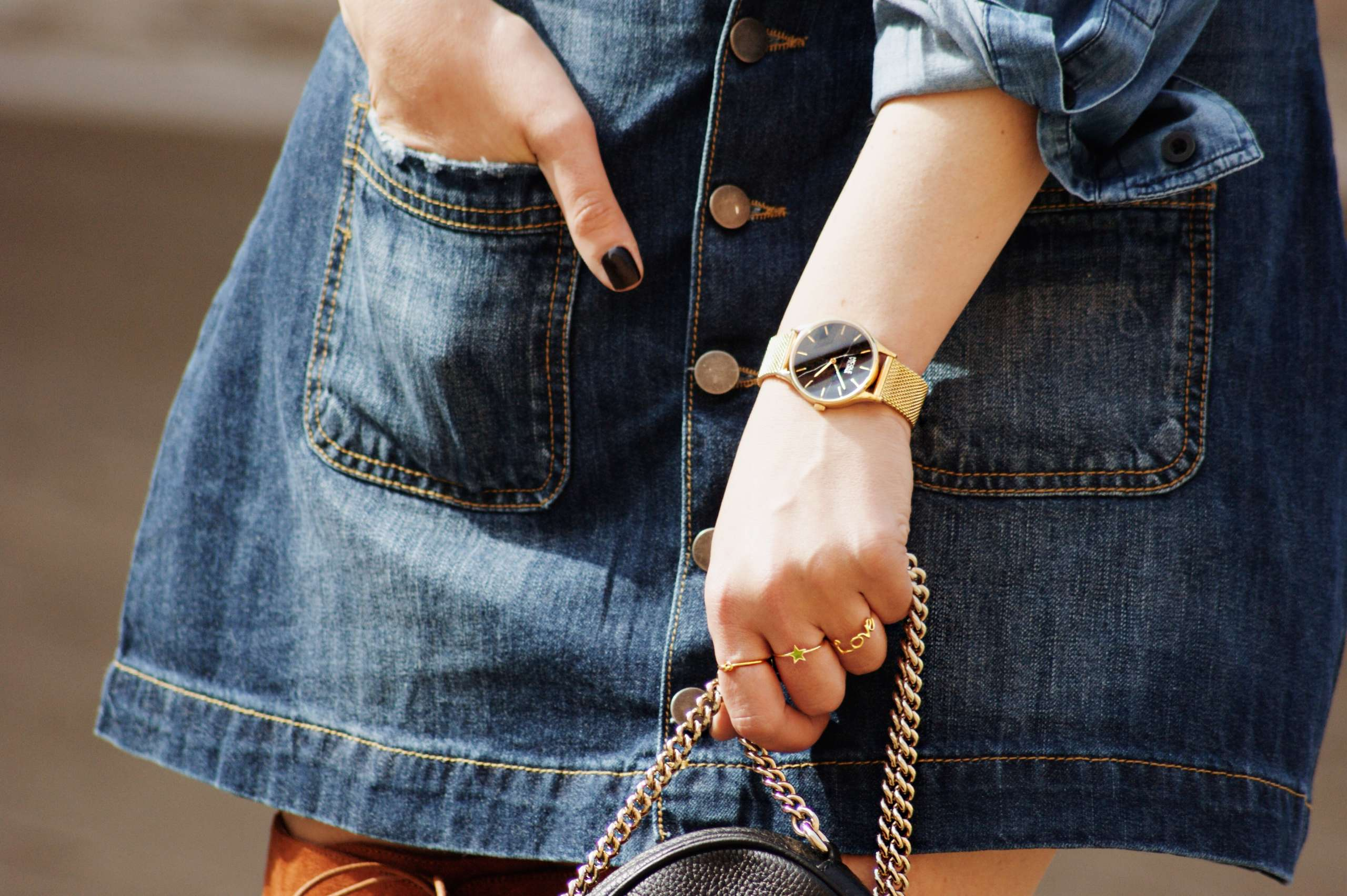 A-line-denim-skirt-denim-on-denim-denim-shirt-dricoper-gucci-knot-ring-laura-gravestock-love-ring-nicole-vienna-OVER-THE-KNEE-BOOTS-soho-leather-mini-chain-black-soir-n79-mesh-gold-star-ring-tan-suede