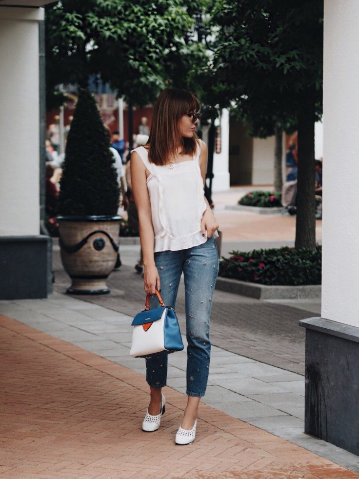 nickyinsideout - girls trip - McArthurGlen DESIGNER OUTLET ROERMOND - outfit inspiration - street style