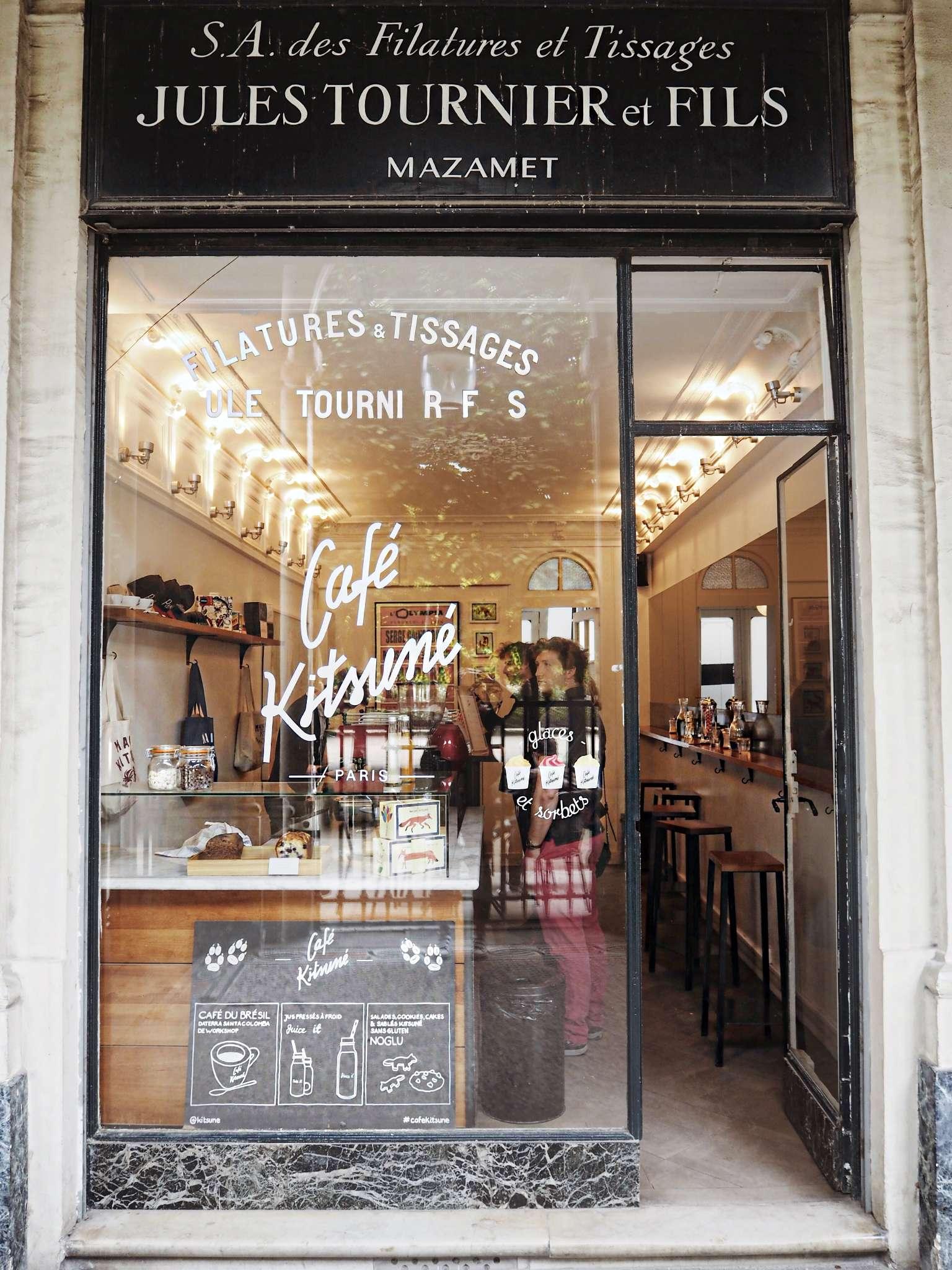 abbott-lyon-adidas-stan-smith-cafe-de-flore-cafe-kitsune-clarks-hotel-costes-hotel-opera-faubourg-paris-irena-chmura-laduree-Levi's-oneteaspoon-overall-palais-royal-paris-paris-guide-parisian-balcony-ralph-ralph-lauren-stgermain-takko-tommy-hilfiger