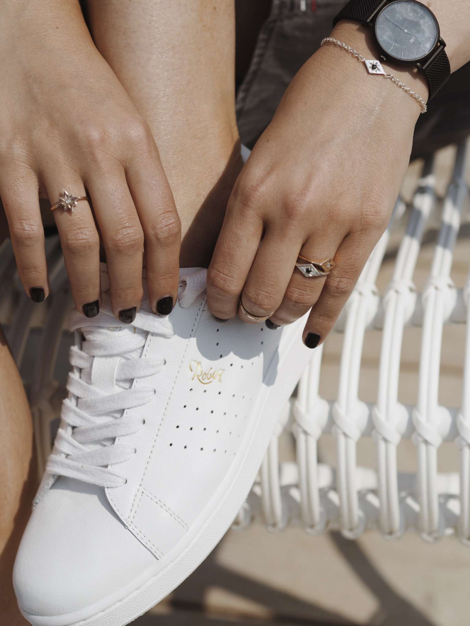 beach-life-dainty-jewellery-denim-diamonds-Ellie-Air-gold-jewellery-shirt-dress-silver-summer-white-sneakers