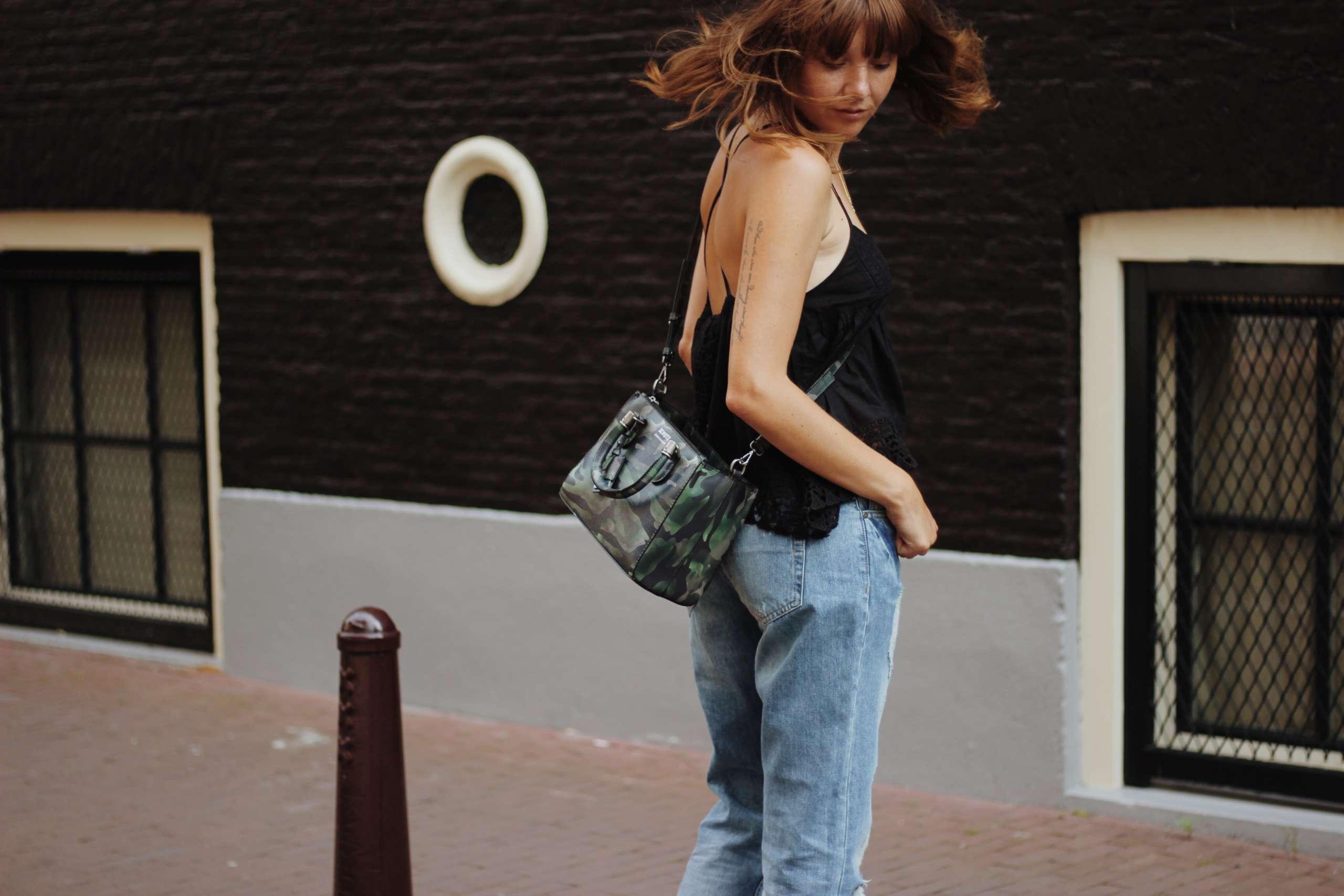 bag-camouflage-Celine-wedge-dricoper-na-kd-republica-moda-schutz